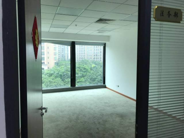 广州黄埔鱼珠地铁口精装带家私写字楼拎包入住最小100平