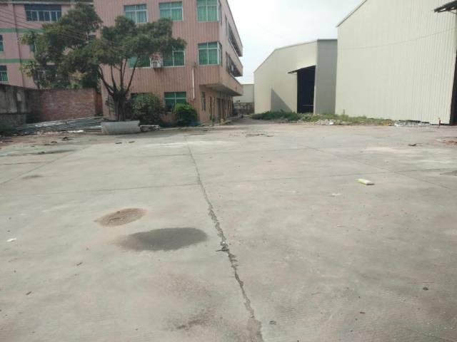单一层八米高厂房出租带宿舍办公楼