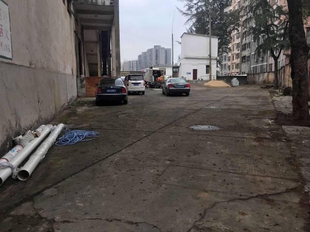 白云区三元里一二楼厂房仓库!!
