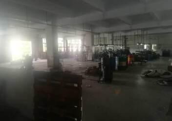 深圳公明东坑新出楼上厂房带办公室有装修,3吨货梯图片6