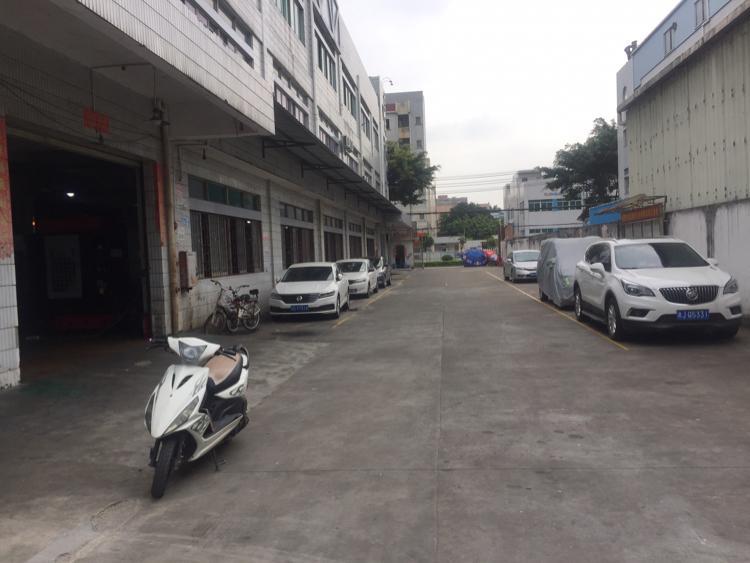 虎门镇大宁社区独门独院厂房2100平方带装修地坪漆