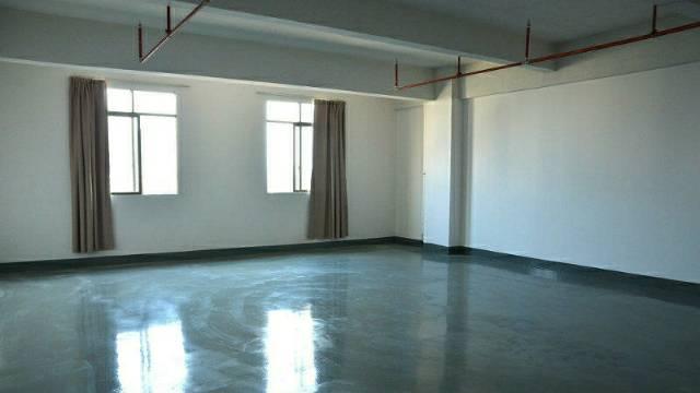 独栋写字楼共六层,精装修,每层300平每平50,