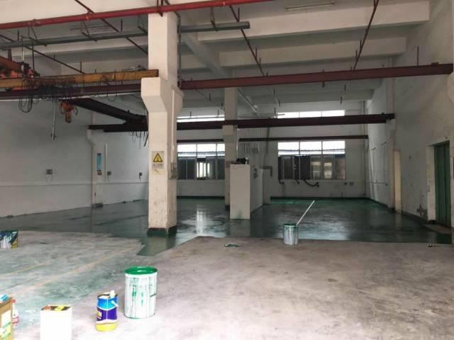 凤岗五联一楼带牛角带行车滴水6.5米-图2