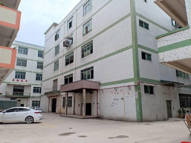 白云区三元里原房东标准厂房仓库招租。约3140平方大小可分租
