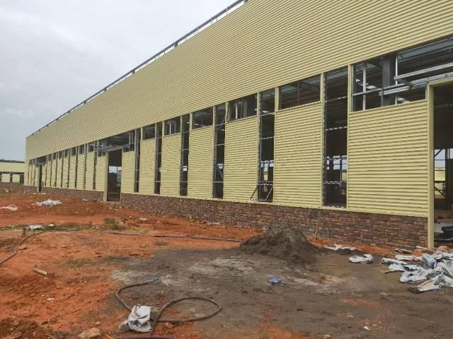 双流单层钢结构厂房出售。