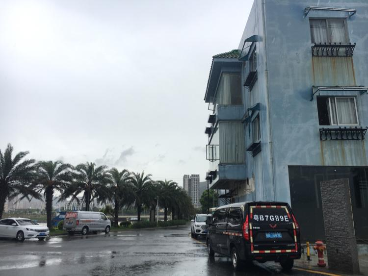深圳盐田港口美食街新出现成装修酒店,无需转让费