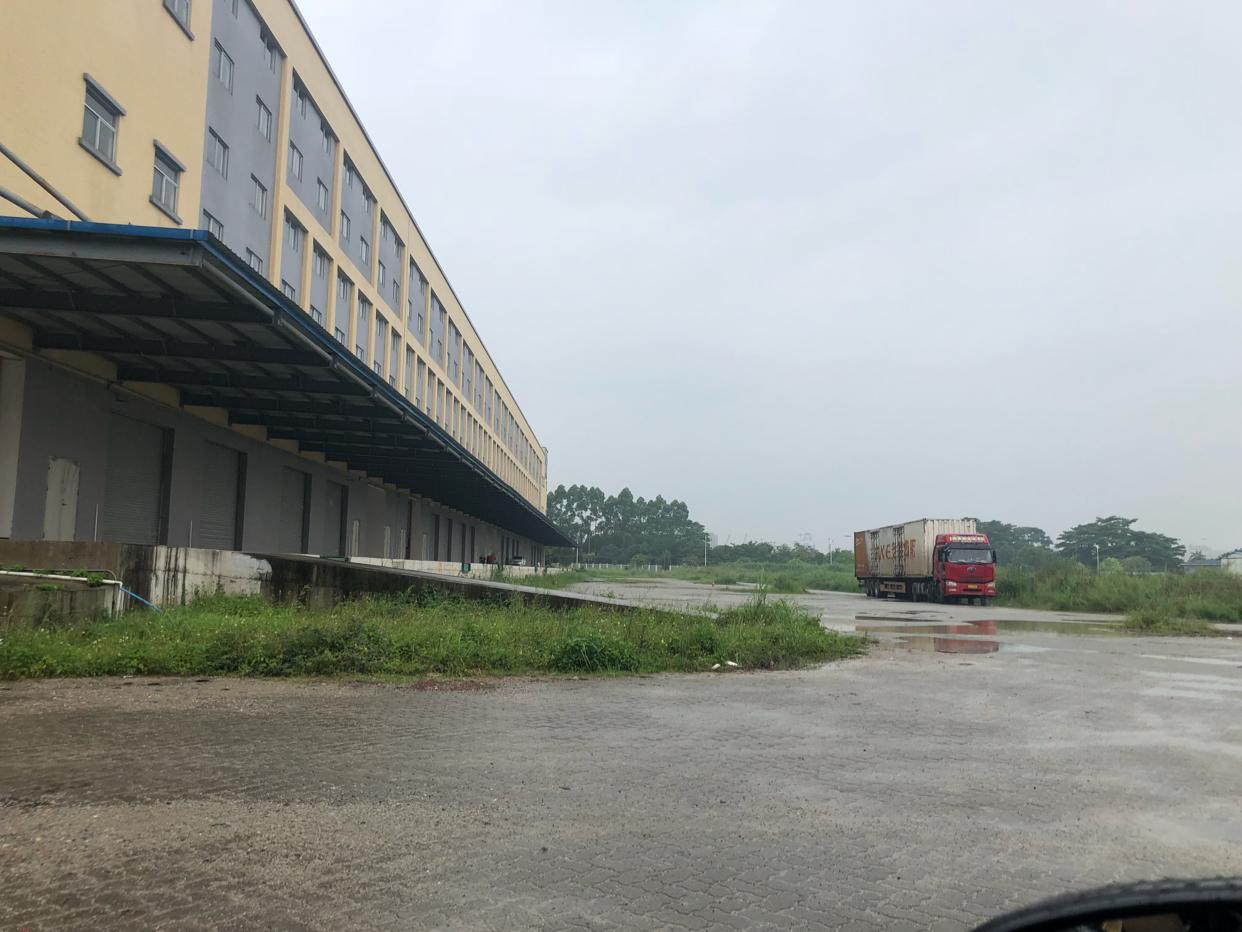 沙田镇保税区傍边普通标准仓库招租一至三层22000平方