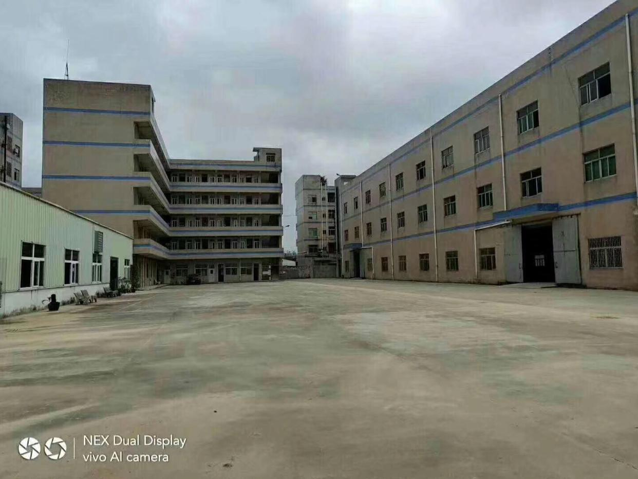 新出原房东标准独院厂房7700平方米。