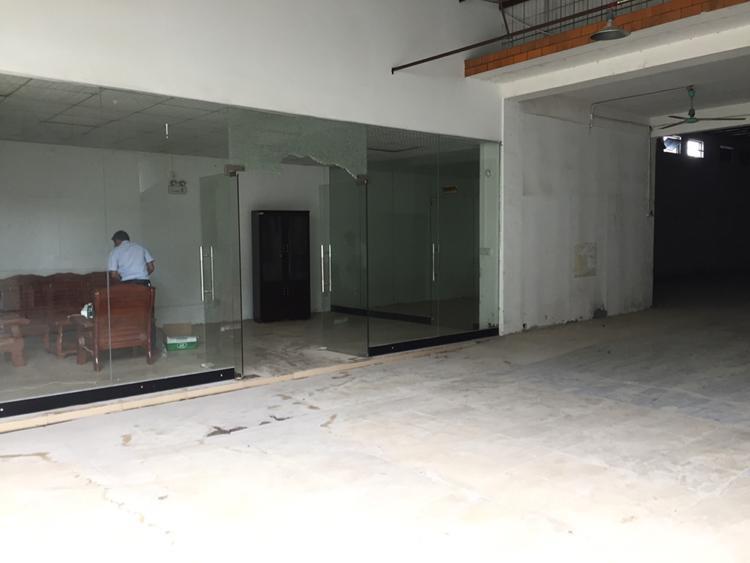 凤岗镇独门独院钢结构厂房800平出租