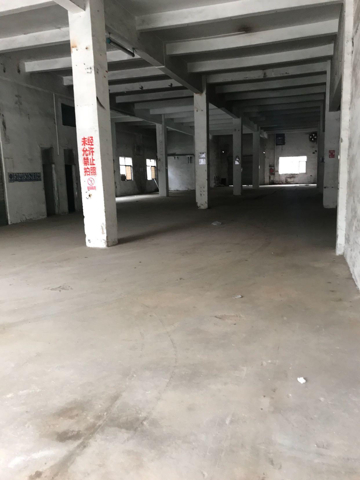 横岗安良一楼1200平厂房,不限行业