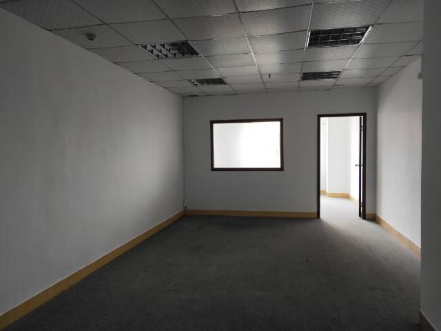 上星商业街精装修写字楼50至200平