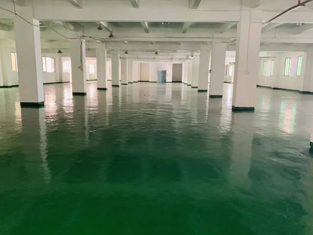 寮步镇标准二楼厂房一层1600平米出租