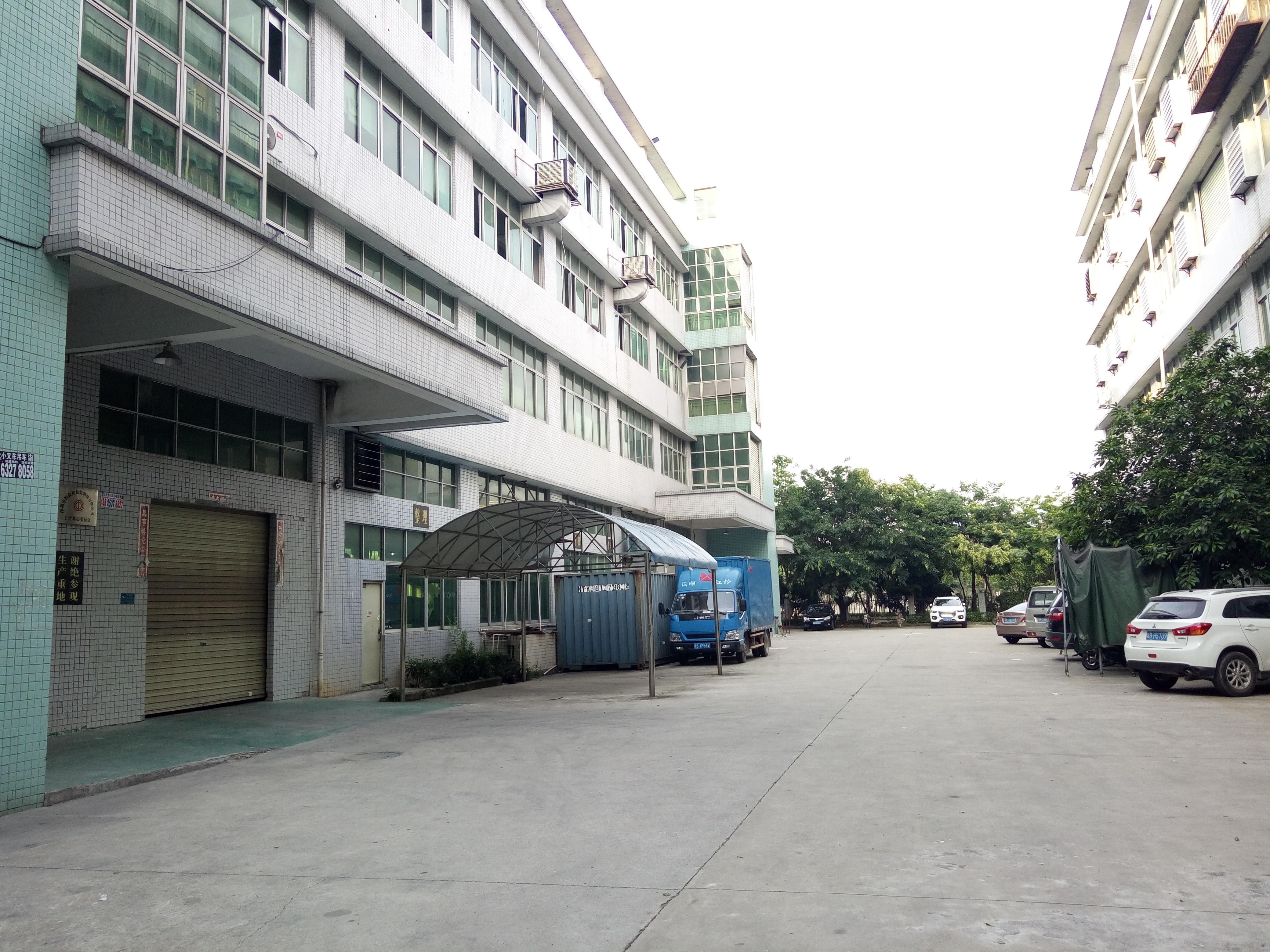 公明街道上村工业区2楼1400平方红本厂房出租
