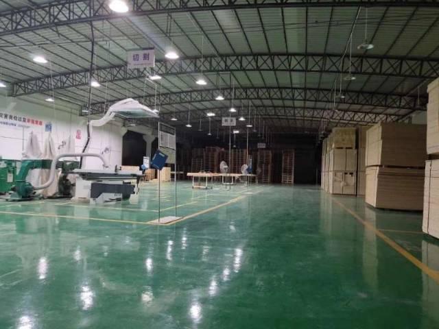 从化滴水九米钢结构厂房仓库出租