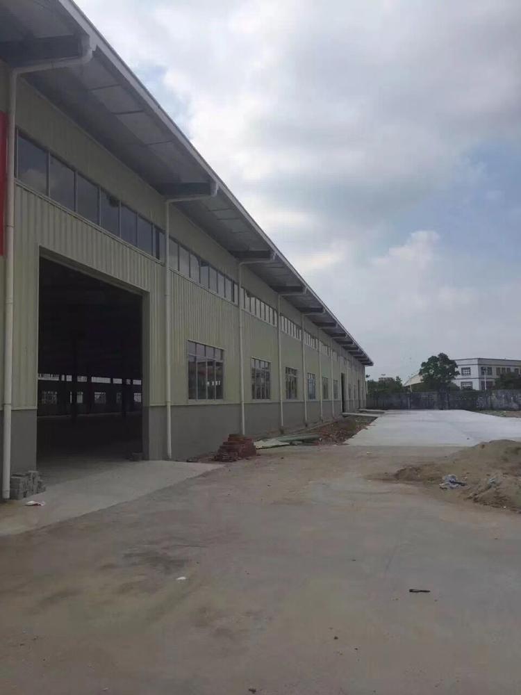 东坑镇元房东招租4000平方单一层成独院厂房滴水8米。