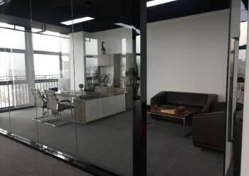 横岗高端大气精装修办公楼配套齐全图片2