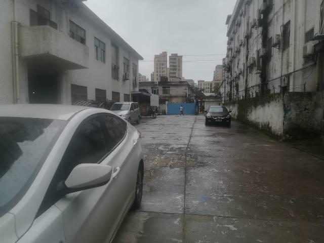 深圳塘尾新出二楼精装修厂房,办公室前台应有尽有-图3