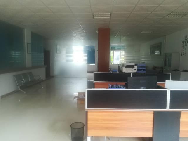 深圳塘尾新出二楼精装修厂房,办公室前台应有尽有-图6