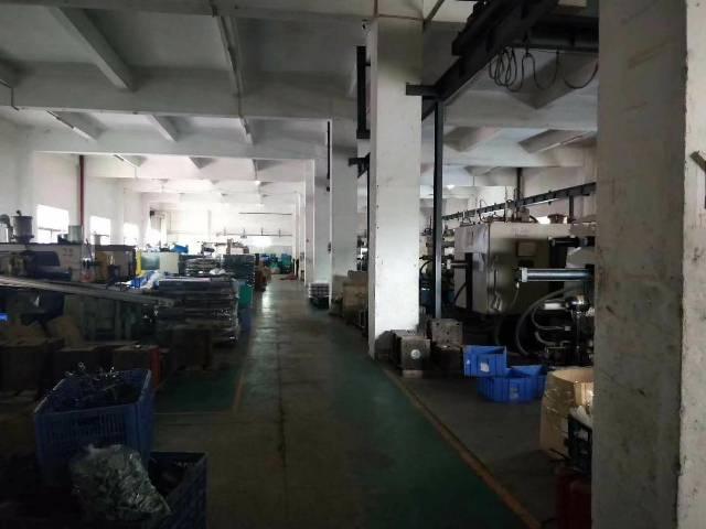 光明李松朗新出楼上带豪华办公室装修厂房有前台!2部3吨大货梯