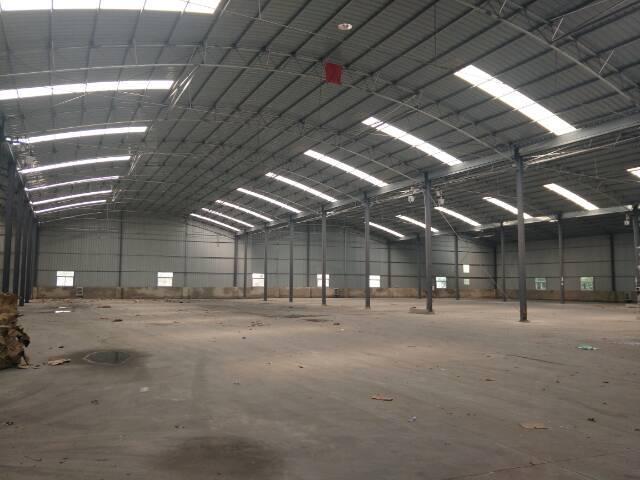 厂房9000平米,交通方便,可分租,行业不限制。