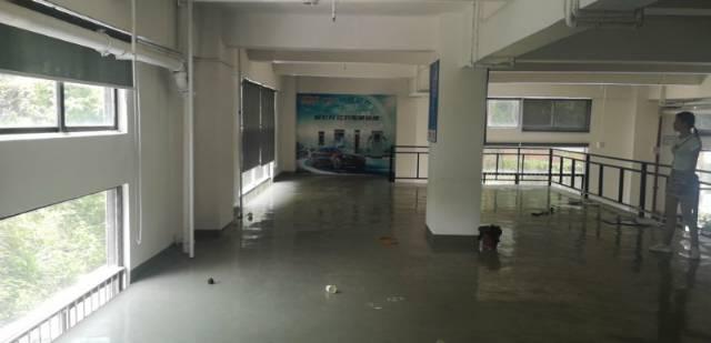 西丽白芒关一楼600平方精装修厂房出租,层高5.5米