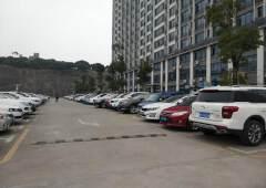 石岩原房东甲级写字楼5000平方招租,实用率80%,地铁口旁