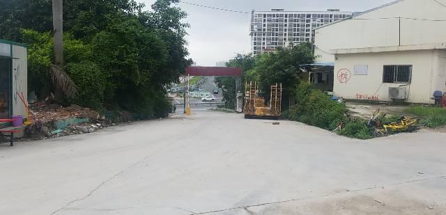 龙华区汽车站边物流园仓库底价出租