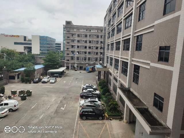 塘厦沙湖高端工业园新出3楼2000㎡带现成办公室原房东厂房