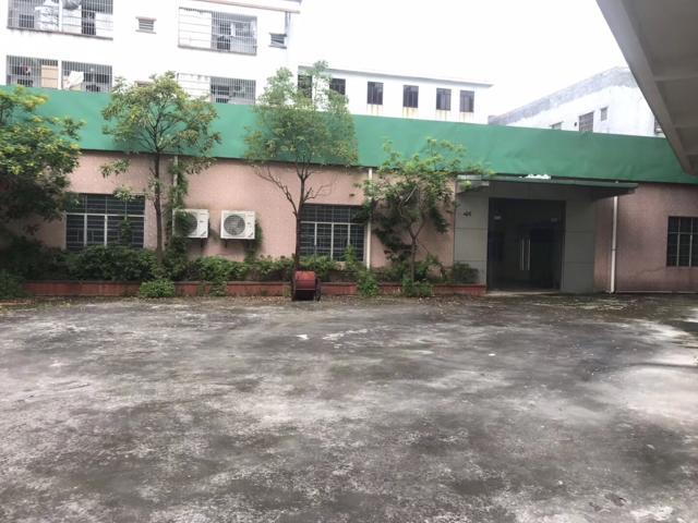 博罗县龙溪镇中心城区有国有证房产证厂房出售