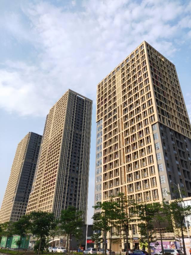 新华镇地铁口500平写字楼厂房招租,100平可分租