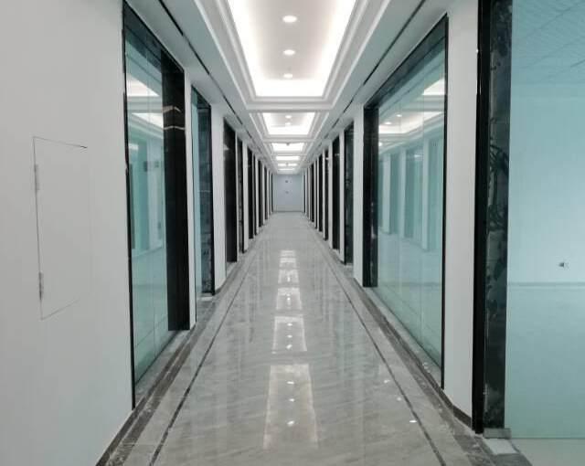 固戍地铁站500米,新装修写字楼57平起租图片2