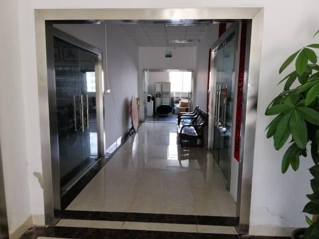 公明上村原房东标准一楼1090平米出租无公摊