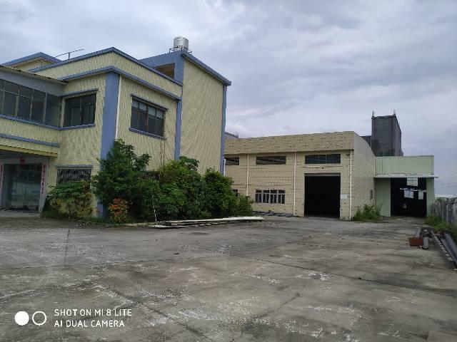 标准砖墙到顶单一层厂房3000平方,证件齐全,配套宿舍办公
