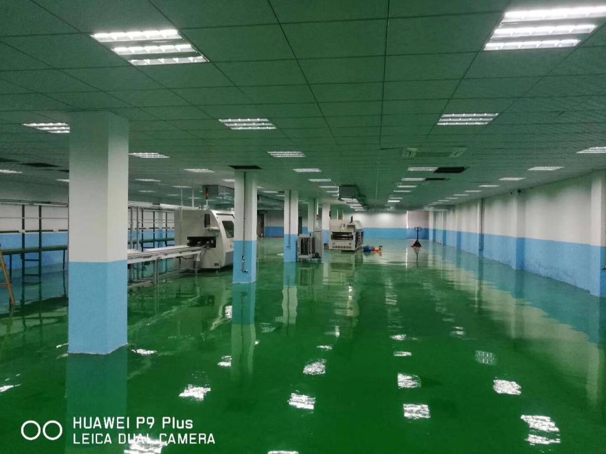 大岭山镇新出标准二楼厂房1050平方带豪华装修低价急出租