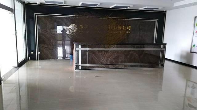 西乡固戍地铁附近新出1600平方厂房