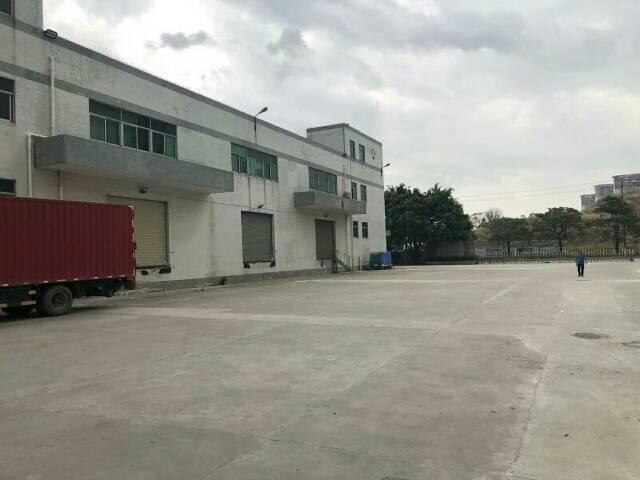福永和平新出大型物流仓库出租,总面积7万多平米,A栋2层15