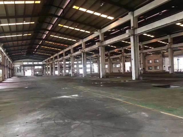 深圳市松岗滴水7米砖墙到顶钢构2万平厂房出招租100起分!!