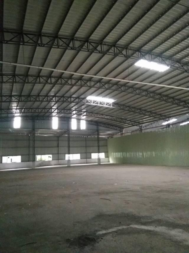 石湾单一层钢构厂房2500㎡出租12㎡