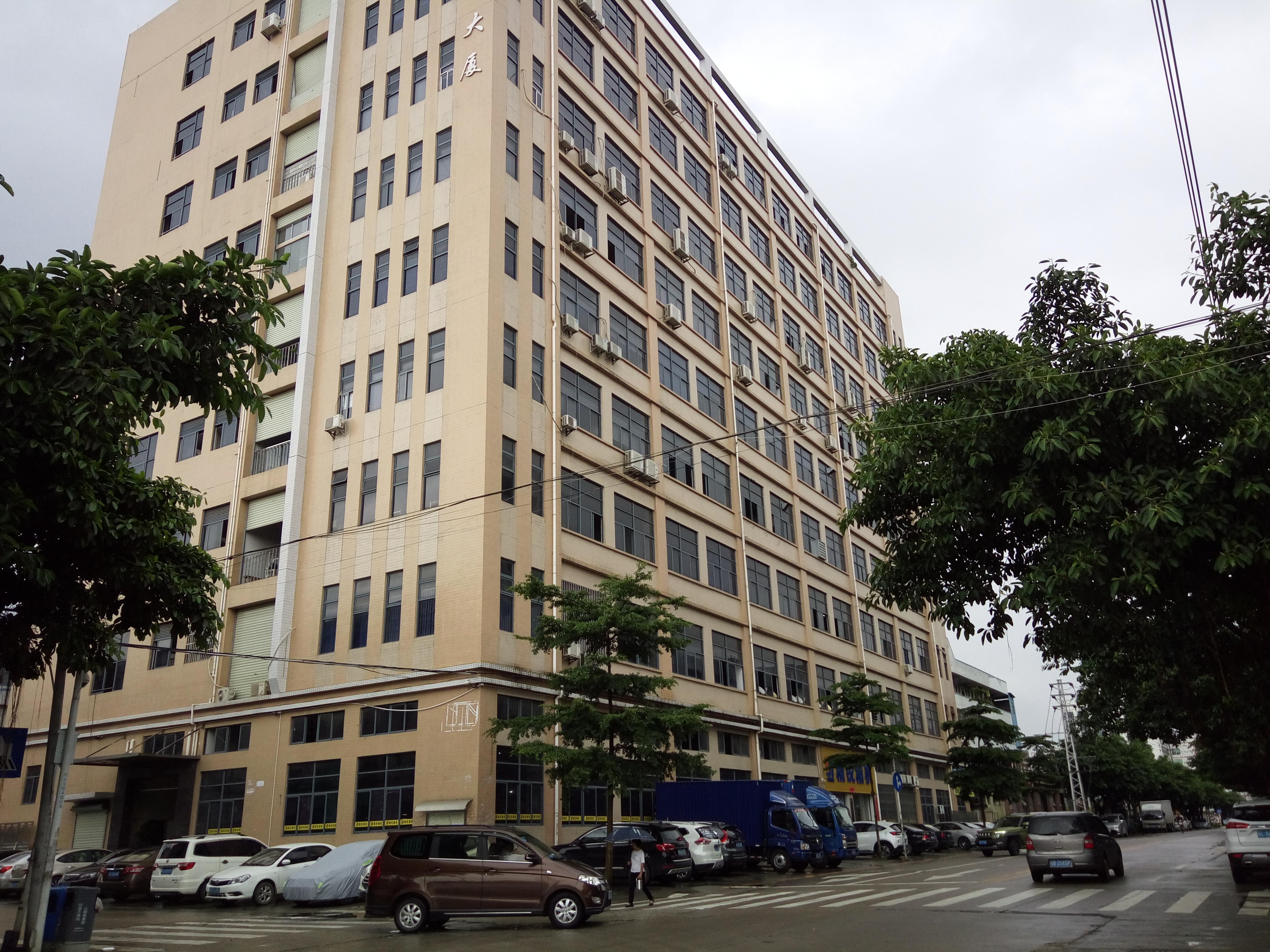 光明李松蓢楼上1600平方红本厂房出租可办环评