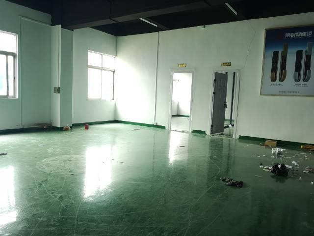 观澜福民原房东厂房面积实量1200平精装修无转让费