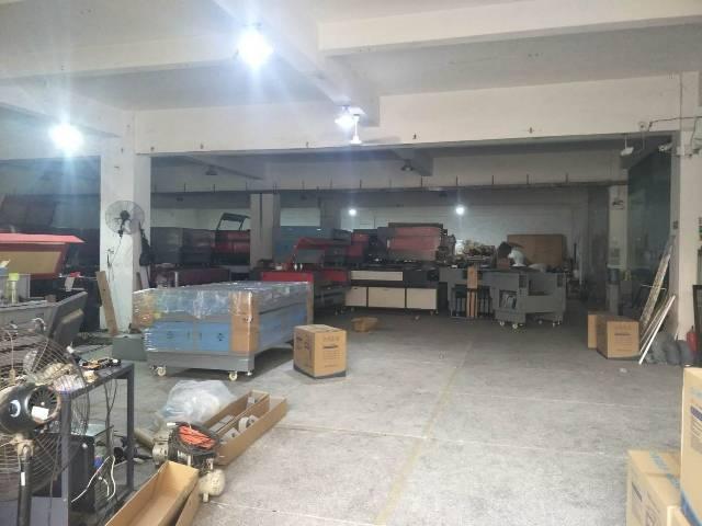 万江标准一楼厂房1200平出租可分租有现成宿舍装修-图3