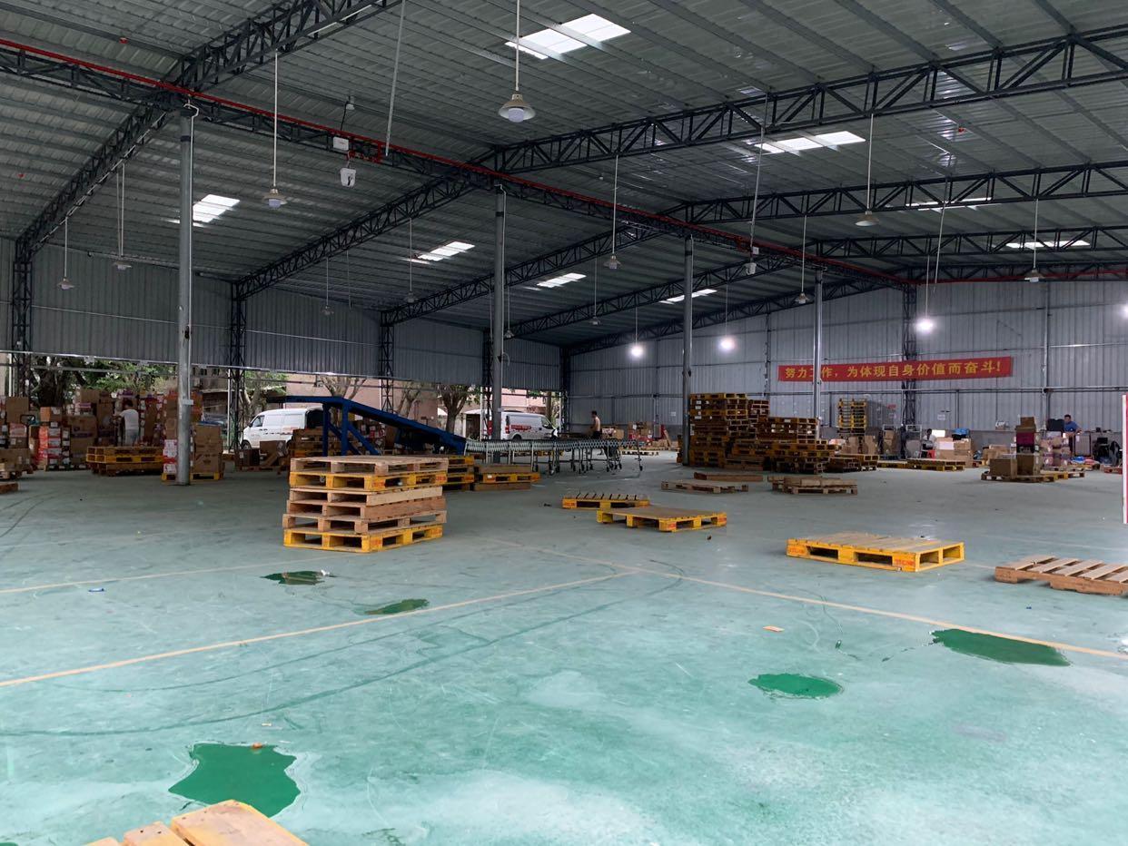凤岗镇五联新出1500平方钢构厂房以前做仓库的