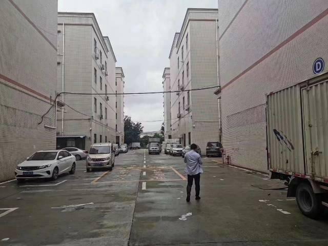 横岗嘉联工业区楼上850平精装修厂房出租