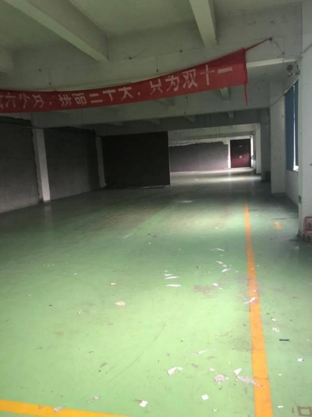 黄埔开发区夏园附近600平方厂房办公室招租。-图3