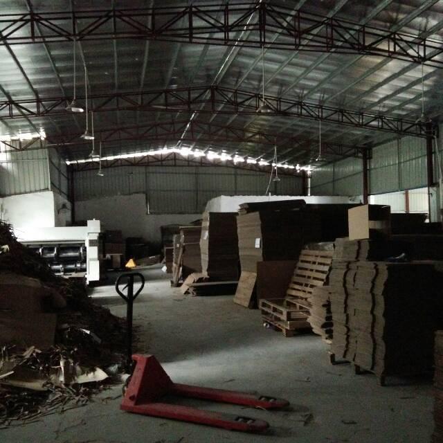塘厦镇莲湖新出原房东钢构1380平方,适合做纸箱、仓库等行业