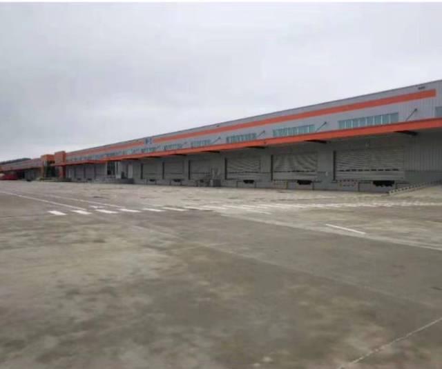 茶山镇带卸货平台标准物流仓库10000平方出租可分租