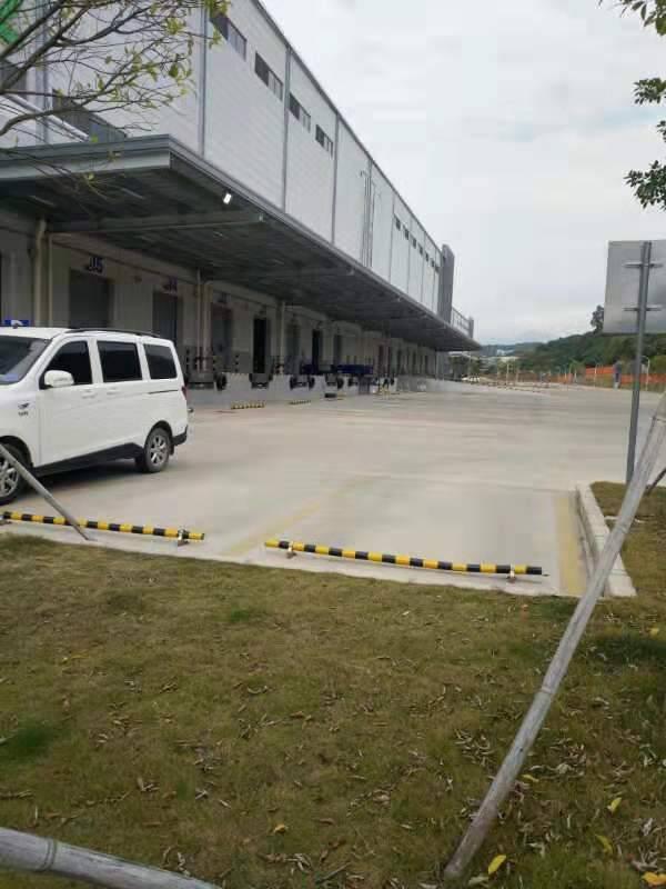 平湖高速出口一楼3800平方米带平台物流仓库出租