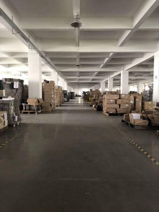 石湾新出标准工业区厂房