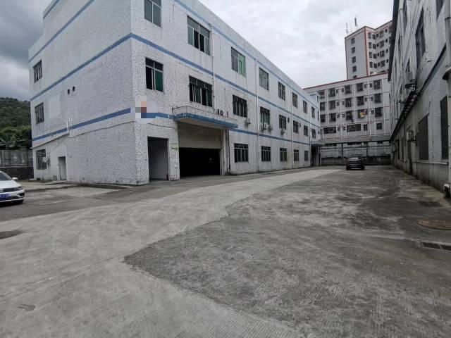 新出原房东独院1到3层12000平方米