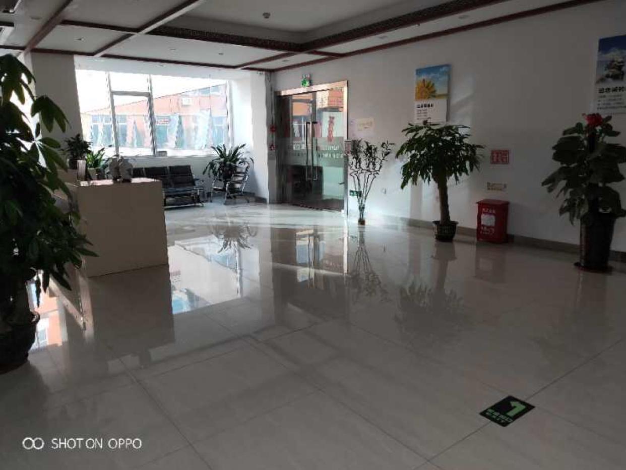 东城新出楼上带豪华装修厂房,厂房1500平